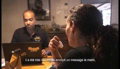 Une commande et livraison de lunettes à domicile – Vidéo